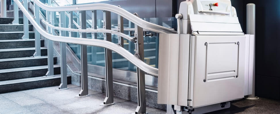 Ihr Rollstuhllift Service Leck